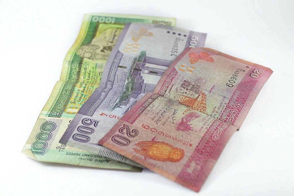 money-205878_1280