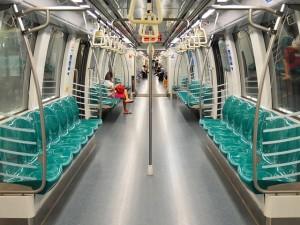 metro-892408_640